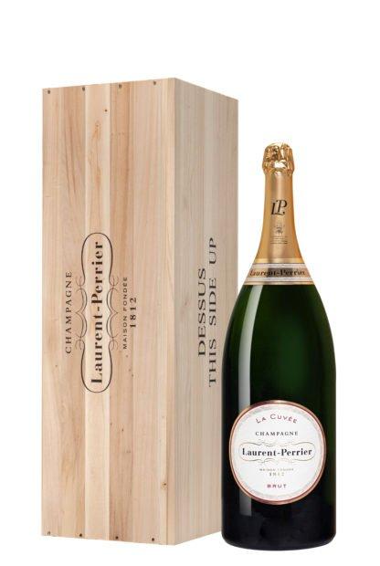 Bouteille de champagne Laurent Perrier cuvée Salmanazar avec caisse en bois créée par Olivier Martinot
